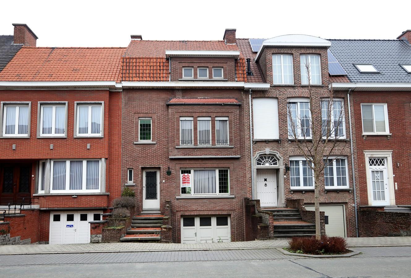 Goed gelegen te renoveren burgerhuis immo marescaux for Huis te huur kortrijk